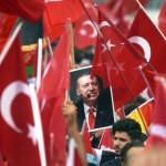 """Így zengett Németországban az """"Allahu Akbar"""" Erdogan győzelme után"""