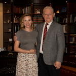 Az ellenzék Scarlett Johanssonnal kampányol