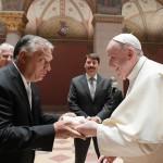 Rémisztő képződmény lenne Ferenc pápa is, aki szintén fehér férfi?