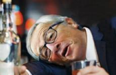 Nemhogy járni, de a két lábán alig tudott megállni Juncker