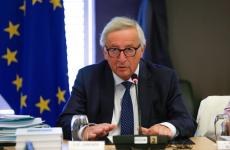 Juncker nekiesett a románoknak