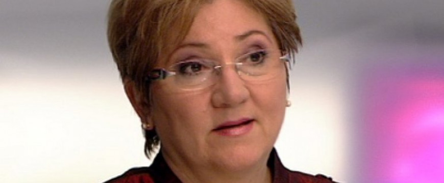 Lamperth Mónika is belerúgott Orbánba