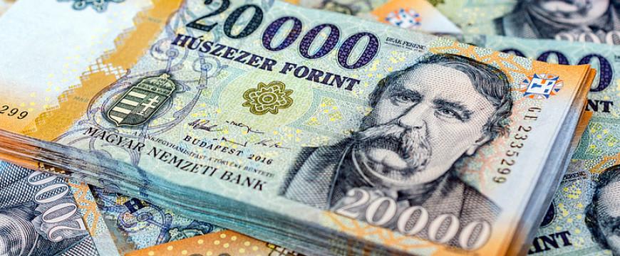 Két számjegyű minimálbér-emelés jöhet 2020-ban