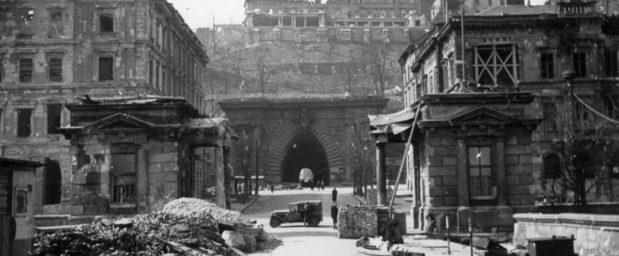 Budapest ostroma 1944-1945